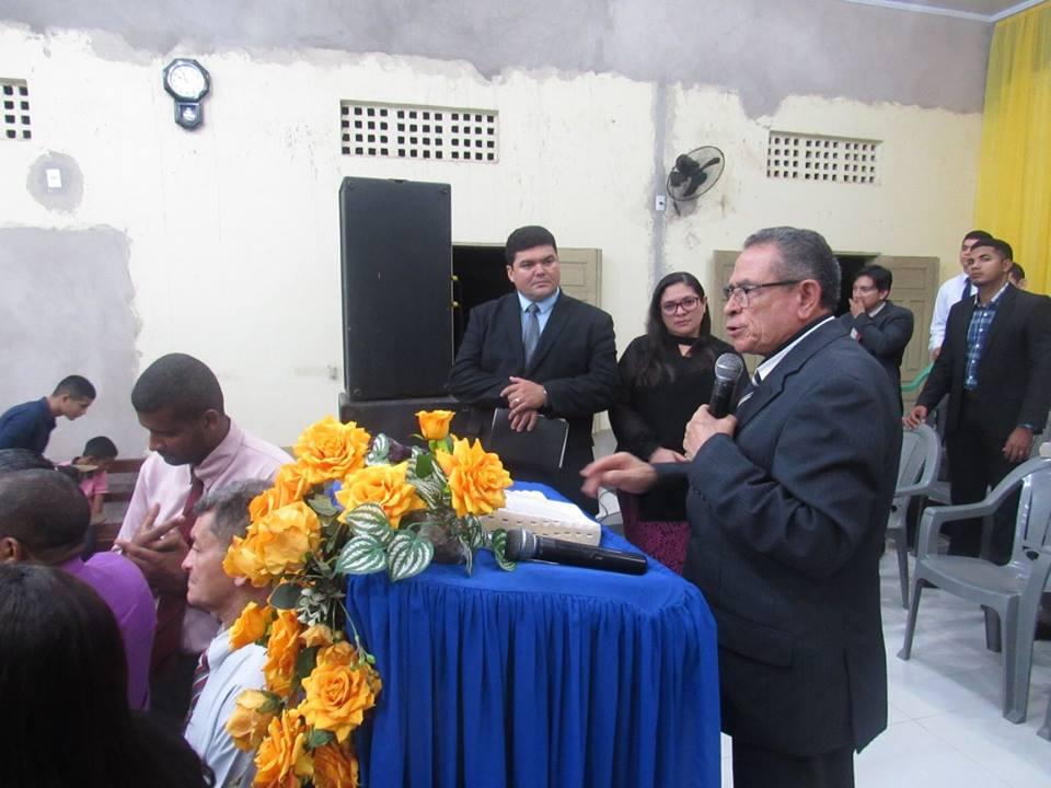 Pastor José Gomes e Pastor Lázaro Ramos, no culto de posse.