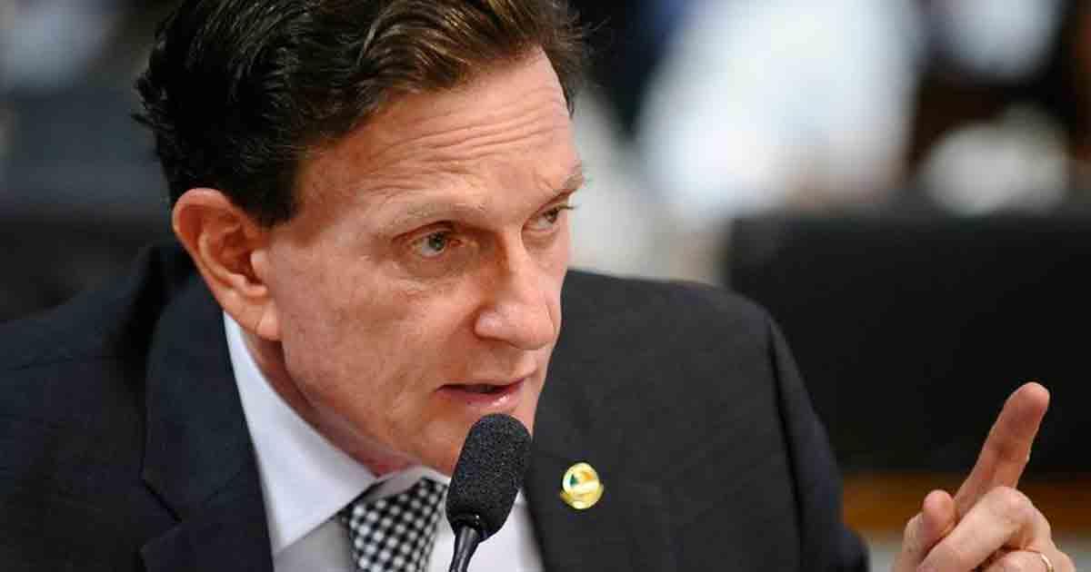 Marcelo Crivella é processado por travestis no Rio de Janeiro