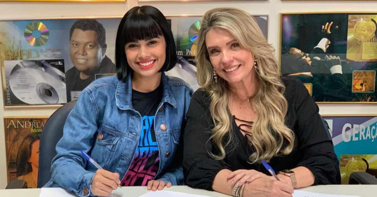 MK assina com Manú Paiva, ex-participante do The Voice Kids