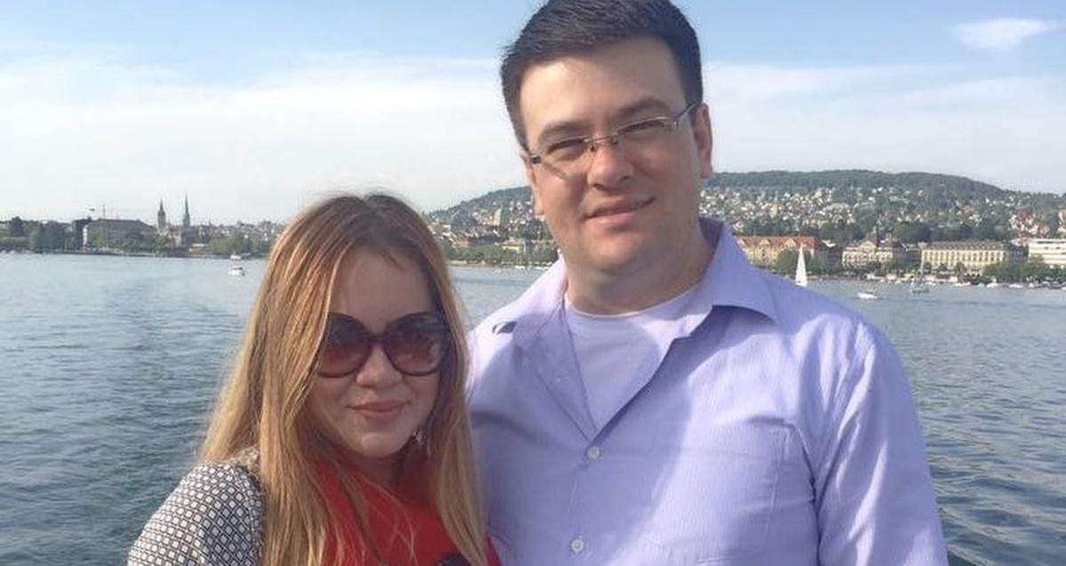 Sarah Farias e esposo (Reprodução)