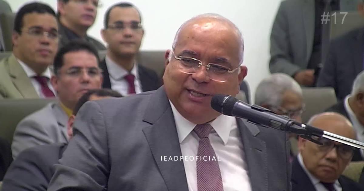 Pastor Ailton José Alves (Reprodução)