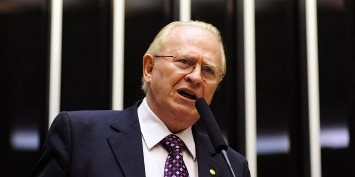 Pastor tio de Ministra Damares Alves, diz que 'não voaria em avião pilotado por cotista'