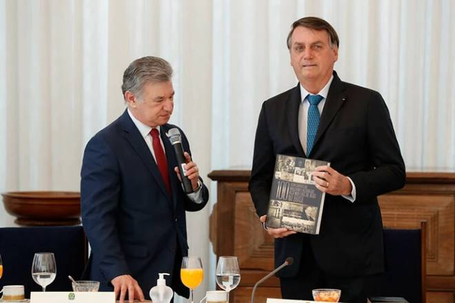 Bolsonaro e o pastor José Wellington Junior