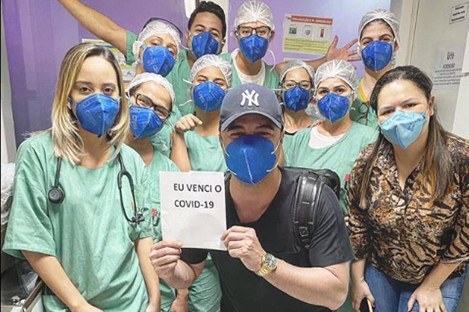 Davi Passamani e a equipe médica