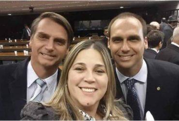Marisa Lobo ao lado do presidente Bolsonaro e do filho Eduardo