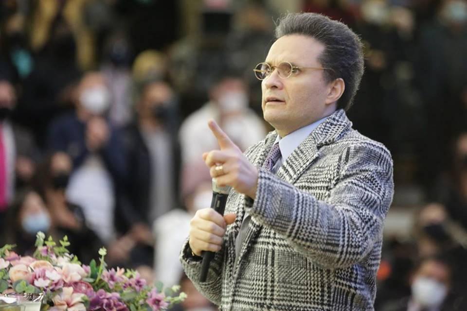 Que feio! Samuel Ferreira quer ganhar os créditos por reabertura de igrejas