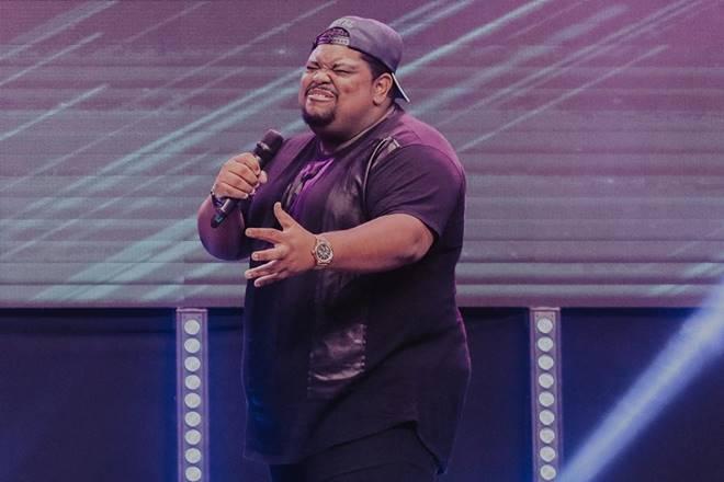Cantor gospel Lukas Agustinho