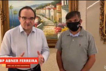 Abner Ferreira pedindo voto para Dimas Gadelha do PT