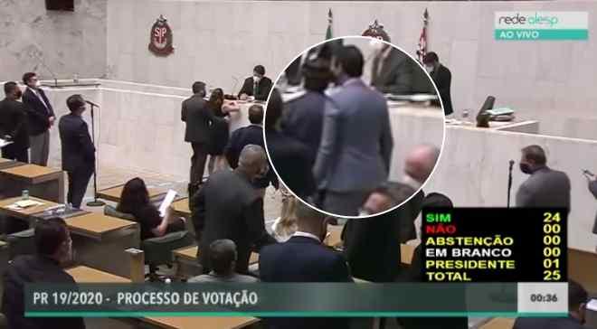 Alex de Madureira viu deputada ser apalpada e não fez nada