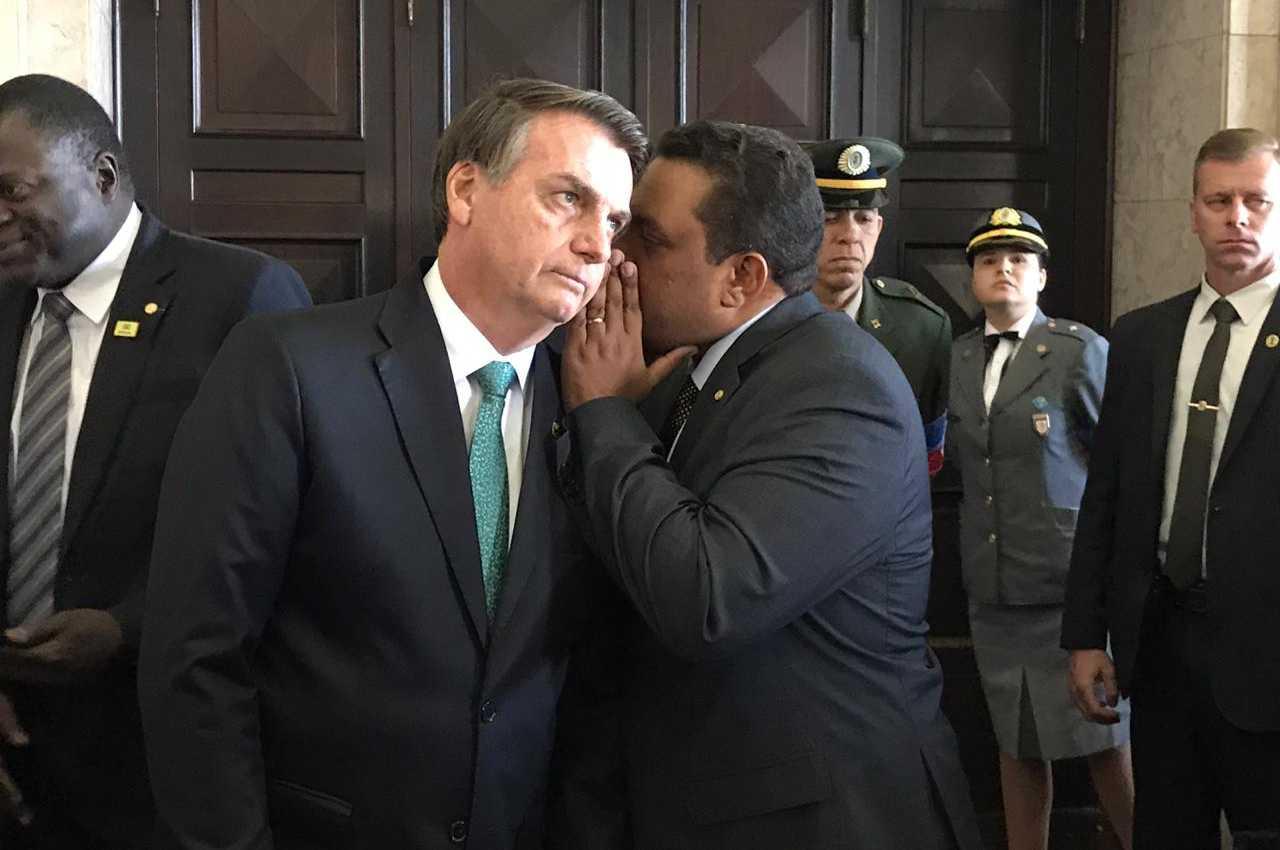 Pastor Otoni de Paula faz alerta grave a Bolsonaro
