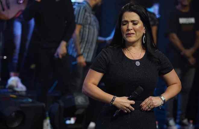Sem Ravel, Rayssa segue carreira solo na música gospel
