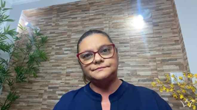 """Léa Mendonça """"detona"""" Flordelis e faz revelação chocante"""