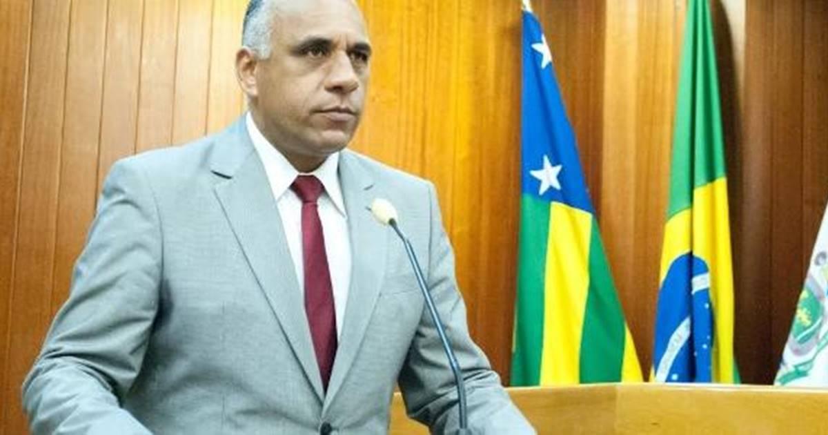 Pastor da Universal assume prefeitura de Goiânia de forma definitiva