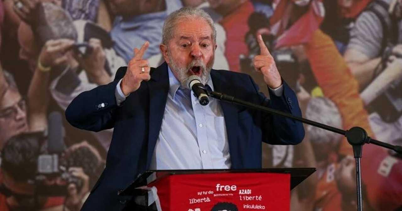 Lula culpa as igrejas pela maioria das mortes por Covid-19