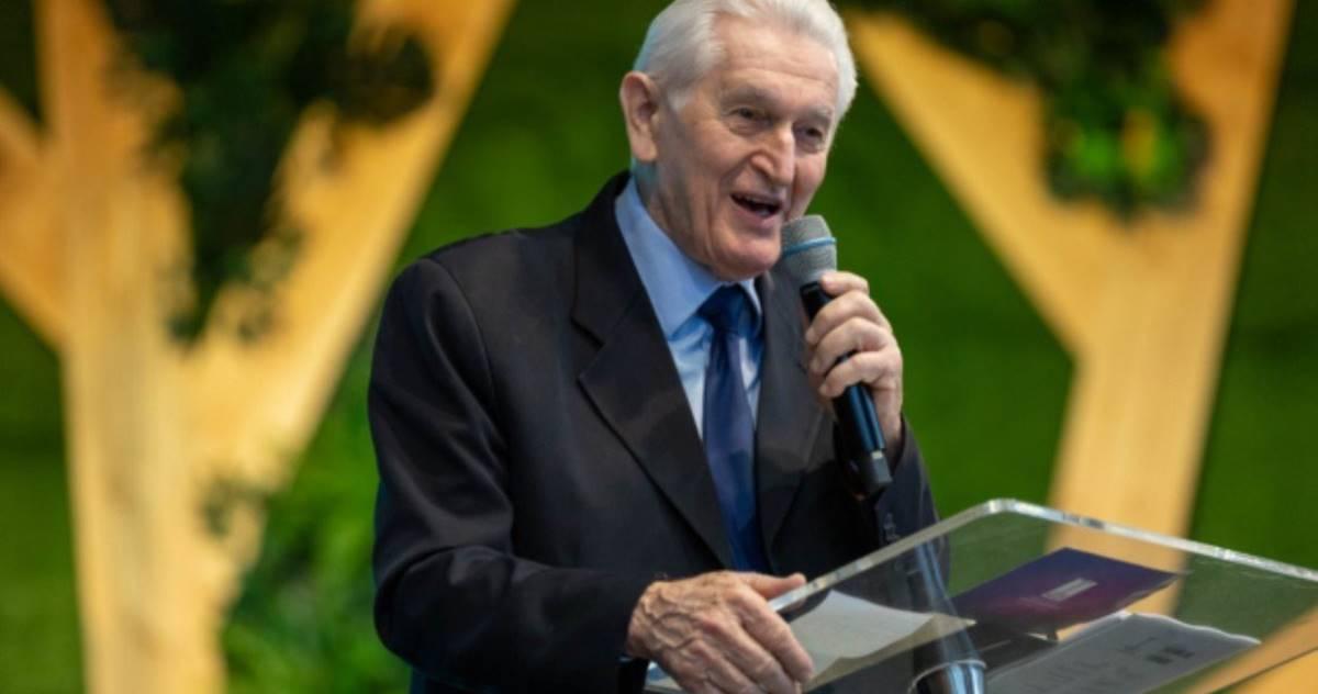 Pastor Eduardo Zdrojewski, líder da 1ª IEQ de Curitiba, morre vítima da Covid-19