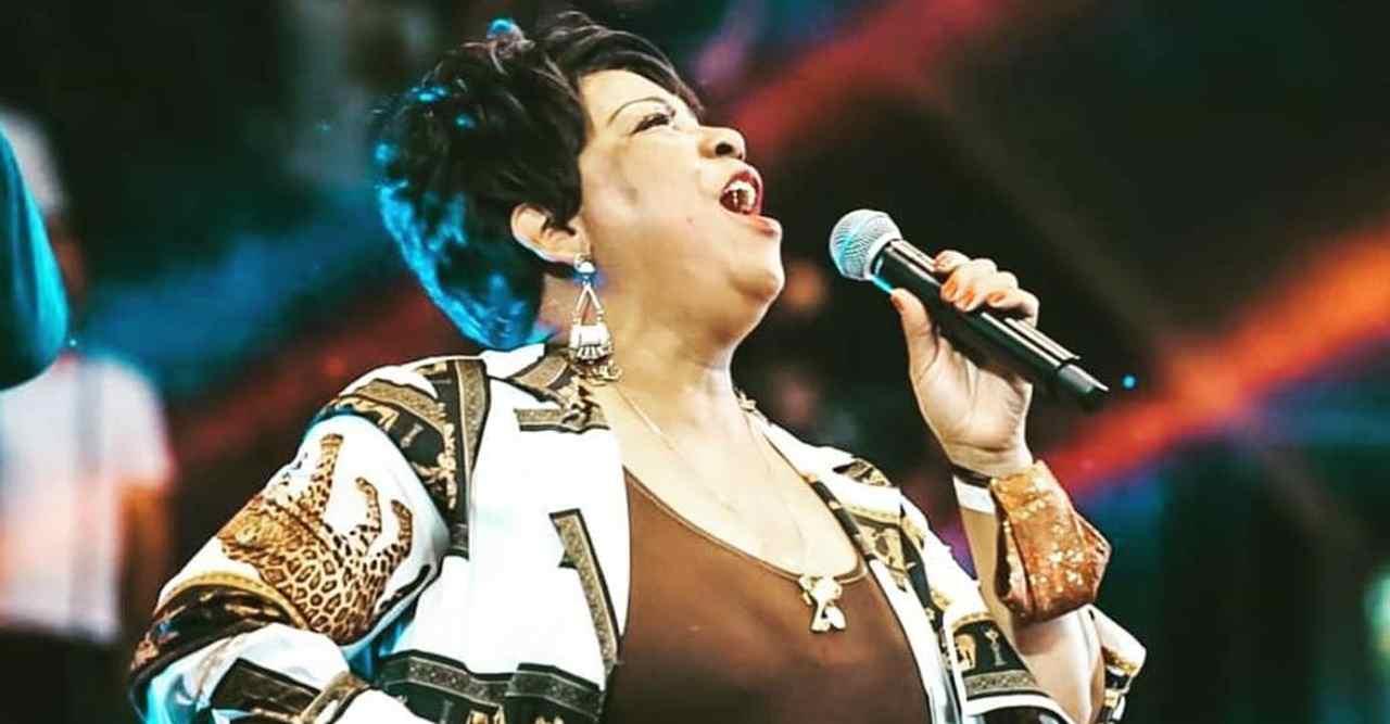 Cantora gospel ex-Renascer Praise está entubada com Covid-19