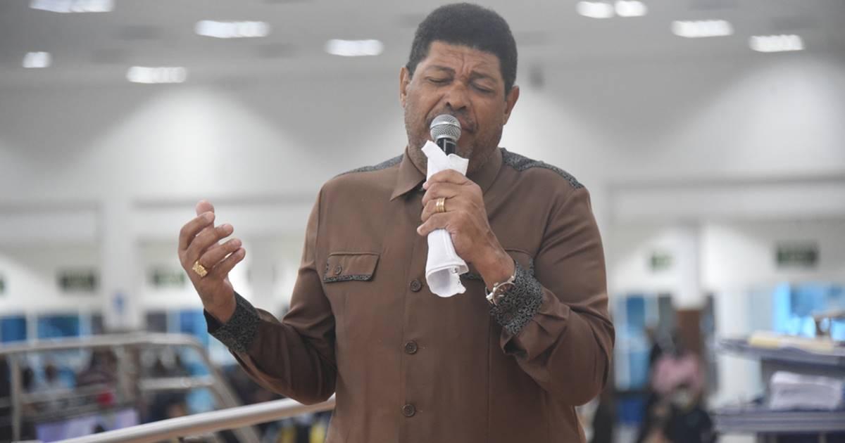 Valdemiro Santiago é condenado a indenizar cantor gospel