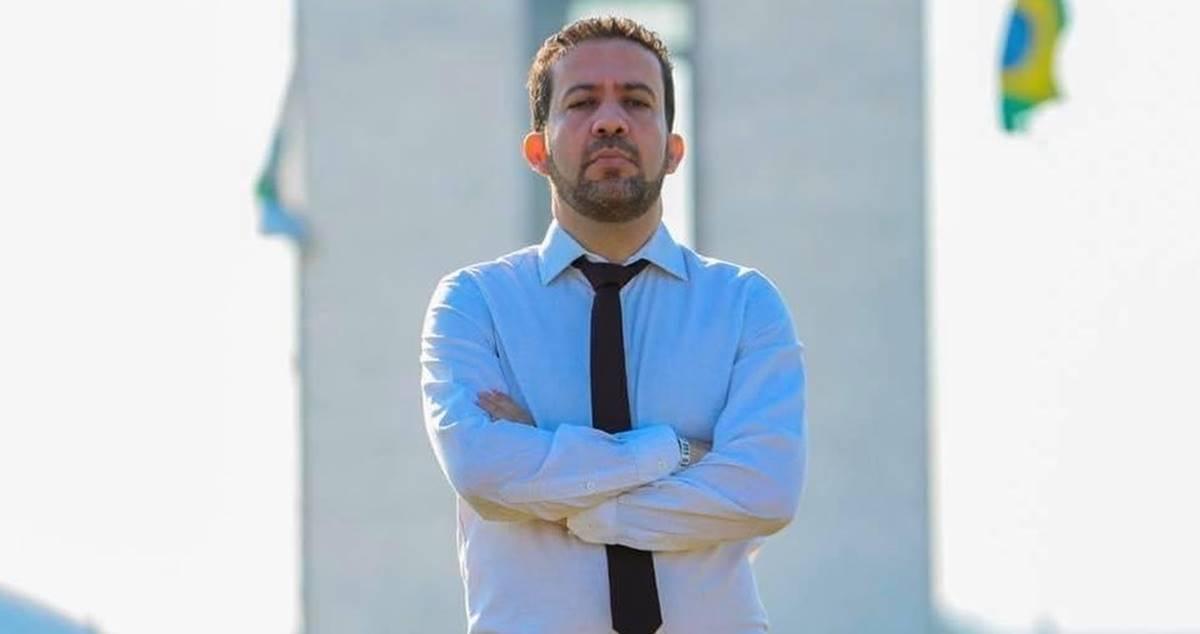 André Janones diz que votará pela cassação do mandato de Flordelis