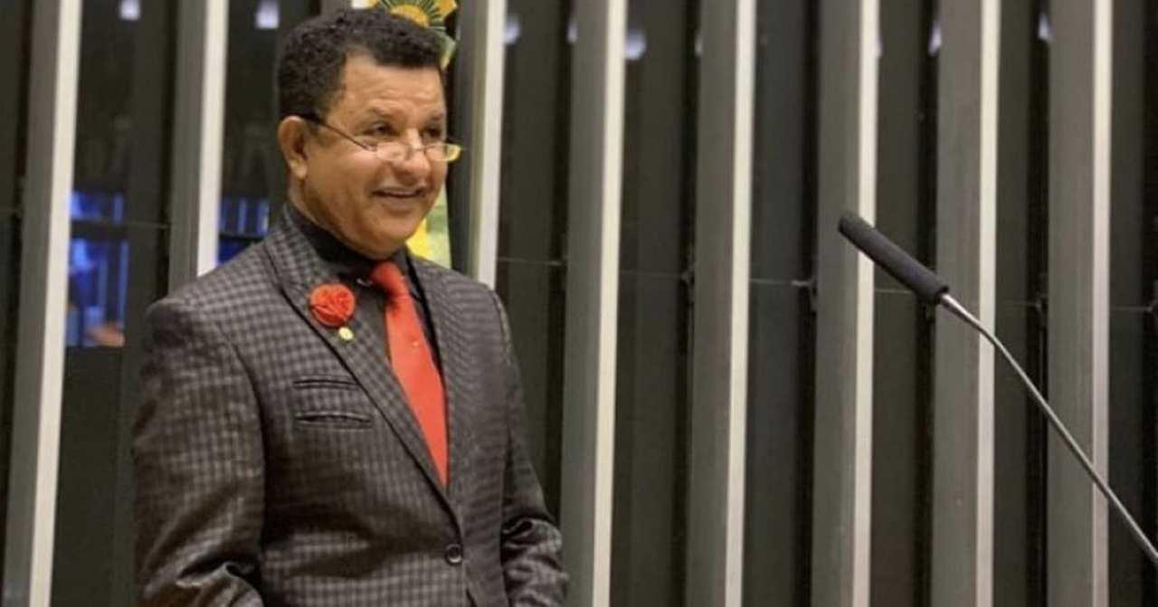 """Abílio Santana sobre Flordelis: """"Achei que foi uma prisão atrasada"""""""