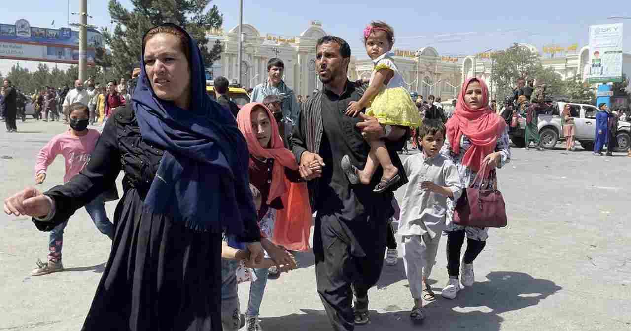 """""""Haverá banho de sangue hoje dos nossos irmãos"""", diz missionária que está no Afeganistão"""