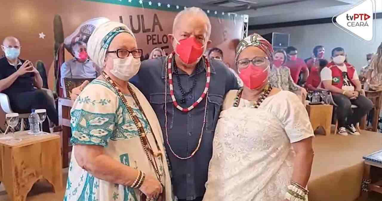 Lula recebe bênção de Zé Pilintra da Umbanda para vencer eleição de 2022